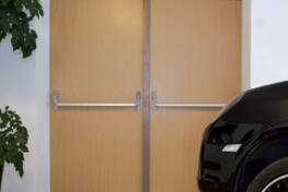 drzwi endoor dwuskrzydłowe